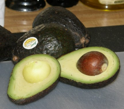 AvocadoFaceMaskRecipe-Step2