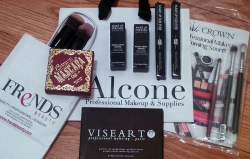 Makeup Haul and Review - The Makeup Show Holiday Pop-Up NYC
