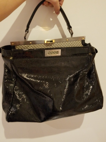 A Real Real Review of The Real Real_Fendi Peekaboo Bag 2