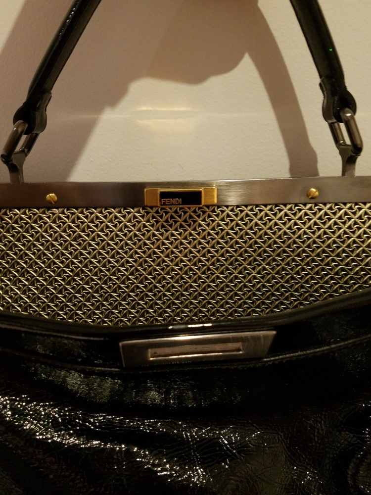 A Real Real Review of The Real Real_Fendi Peekaboo Bag